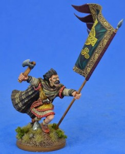Irish Warbanner Bearer