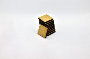 HDF BASES 20x20mm SQUARE (10 pieces)